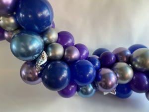 girlanda-od-balona-ljubicasto-plava